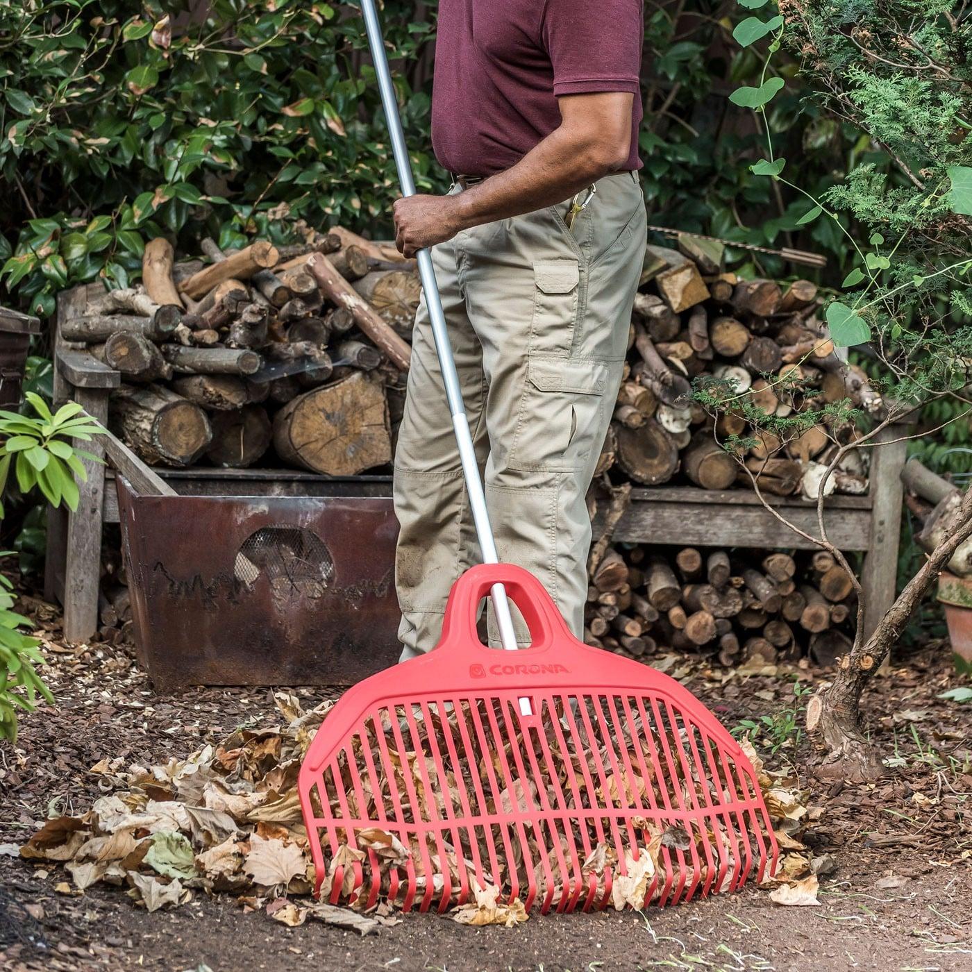 Corona Big Load Leaf Rake - 30 Tines