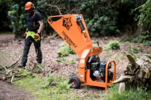 Timberwolf 13-75G Chipper Chipping Branches