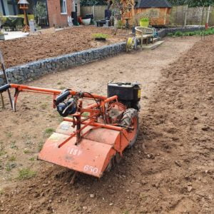 Using A Howard Gem Rotavator (Dowdeswell 650) To Prepare For A New Lawn